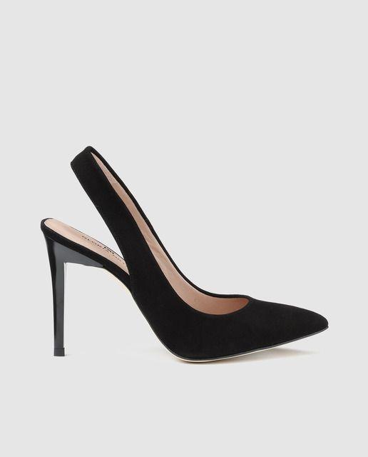 bc2c0fa05c Zapatos de salón destalonado en piel de color negro, con puntera fina y  tacón alto