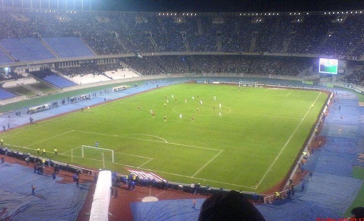 Stade du 5 juillet 1962 à Alger : 110000places