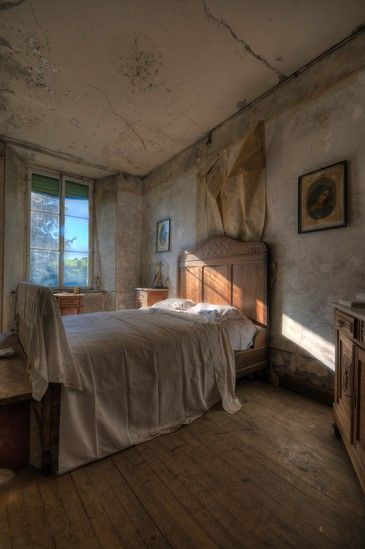 17 Best images about abandoned on Pinterest | Villas ...