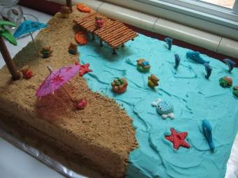 beach cake - could make this mermaid themed