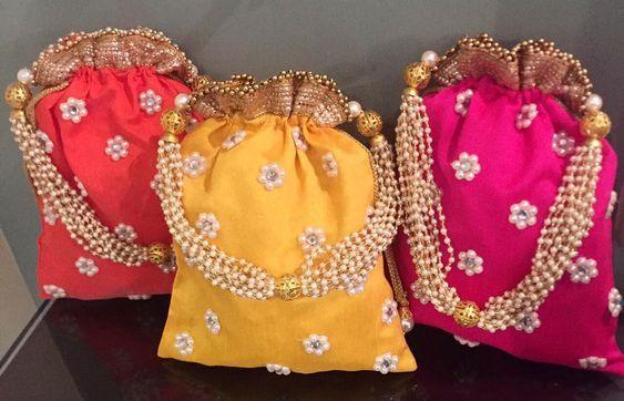 Indian Wedding Gift Bags: Best 25+ Indian Wedding Favors Ideas On Pinterest