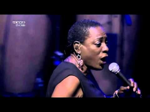 Sharon Jones and The Dap-Kings: Live at the Olympia: - YouTube