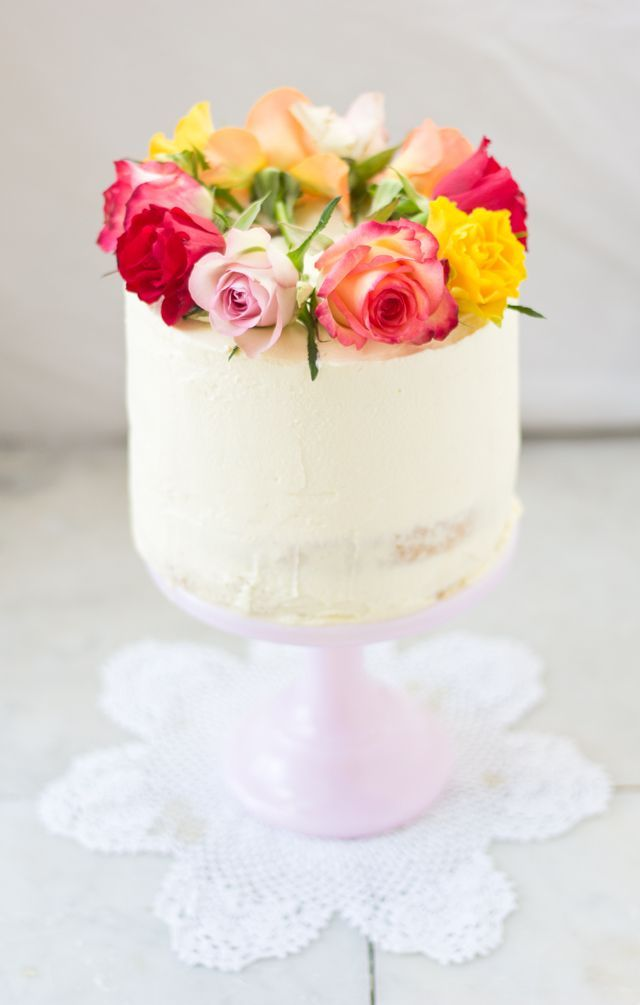 Tres Leches {Three Milk} Cake - mbakes a simple crown of roses to top this pristine single layer tall cake