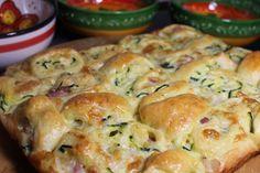 Pan brioche a scacchi con zucchine e pancetta