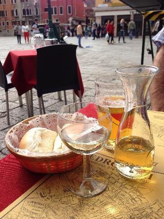 Ristorante Pedrocchi: Enjoying the view of the square