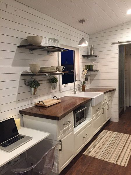 We have a very special Tiny House RV story to share with you this week. Introducing Brian and Skyler's custom Fifth Wheel Tiny House RV! Brian …