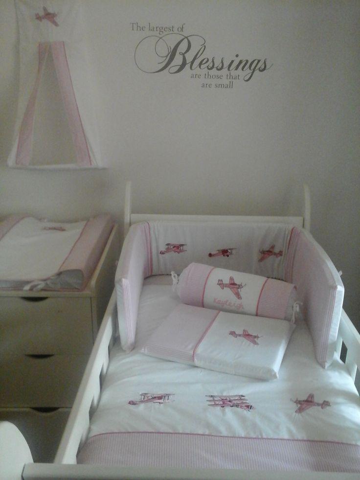 Vintage Plane Bedding for a girl  Linen made by Lollipop Décor - www.lollipopdecor.co.za  Find us on Facebook - https://www.facebook.com/Babylinen