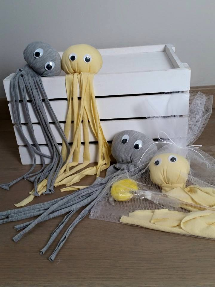 Fabric octapus for kids by ''Making Stories''. Χταπόδια υφασμάτινες μπομπονιέρες!