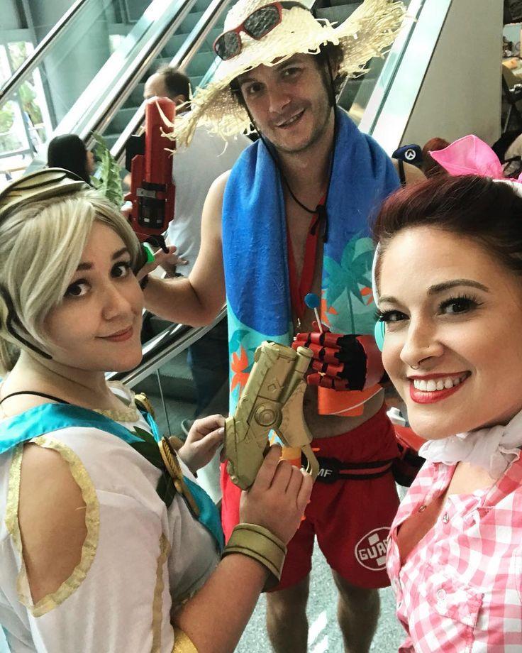 Blizzcon Besties!  #overwatch #overwatchcosplay #dva #cruiserdva  #worldofwarcraft #heroesofthestorm #blizzcon2017 #blizzard #blizzardgames #blizzcon #mccree #mercy #lifeguardmccree #goddessmercy #mercycosplay #cosplay #cosplayer #cosplayers #cosplayersofinstagram #cosplaygirl #blizzconcosplay
