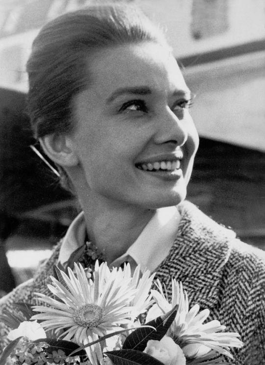 Audrey Hepburn arriving in Stockholm, Sweden, 1959.