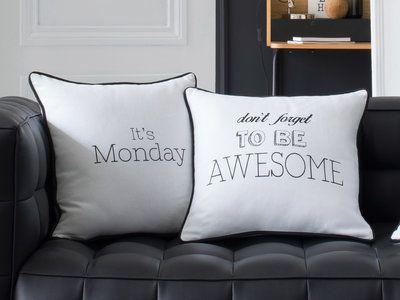 Envie de mettre une petite touche d'originalité sur votre canapé ? Optez pour nos coussins déhoussables et réversibles qui vous mettront de bonne humeur tous les lundis.