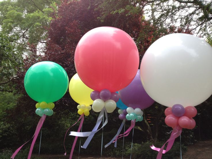 1000 images about balloon decorations on pinterest for Balloon decoration london