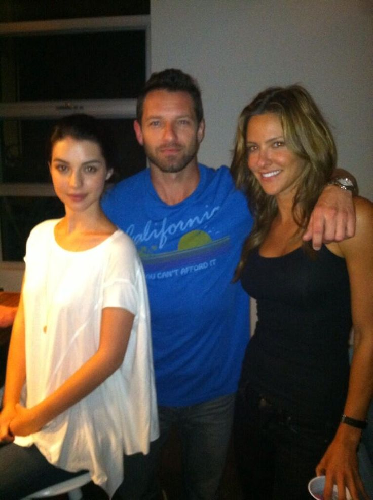 Just some wolves hanging out at Jeff Davis's house with Kate Argent.