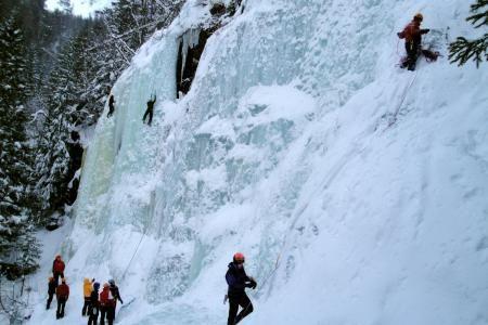 Ice climbing at Ozzimosis in Rjukan, Norway