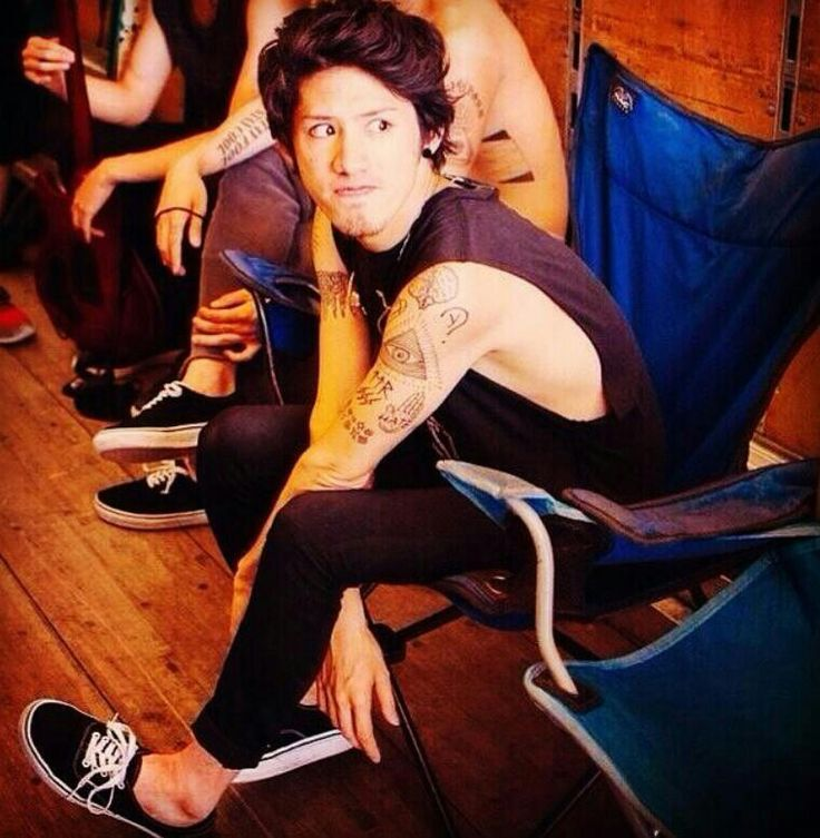 Taka from One Ok Rock and his dork faces :'D