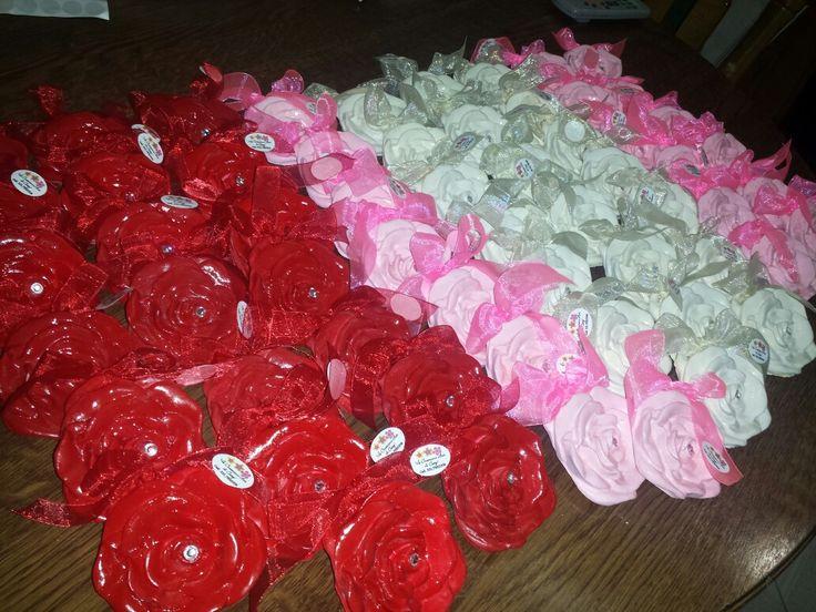 Meravigliose rosa in polvere di ceramica create da me per info prezzi é  informazioni wazap 3472725304