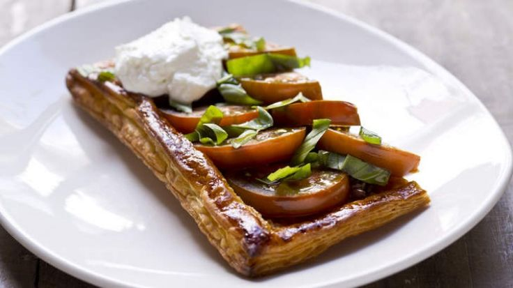 Tomato and goat's curd tart