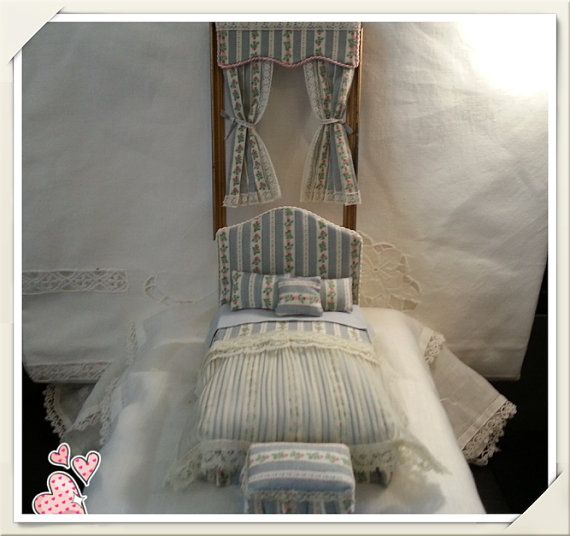 Bed double  French tent rose scale 1:12 by LaboratoriodiManu