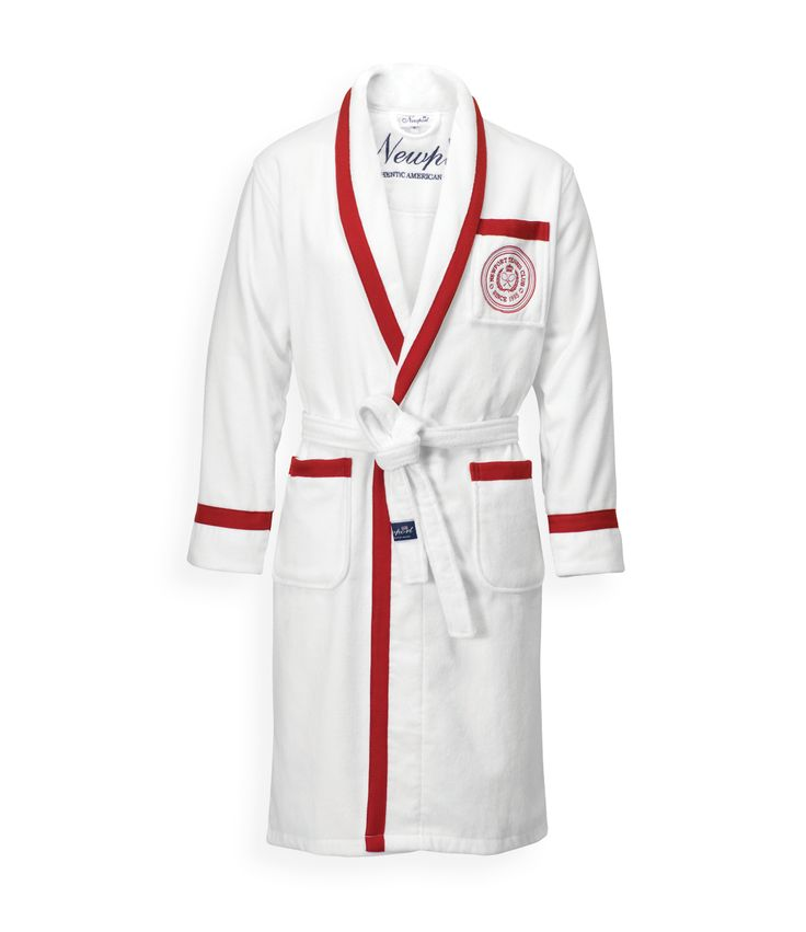 Wingfield Red Bathrobe. By Newport Collection. Crisp white bathrobe with red details and embroidered Tennis Club logo. Made from 100% cotton in Turkey. Unisex. Öko-Tex. Available colors: Red/White and Blue/White. #Newport #Newportcollection #wingfield #bathrobe #tennis #tennisclub