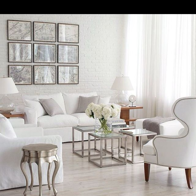 Silver home decor ethan allen living room ethan allen for Home decor pictures living room