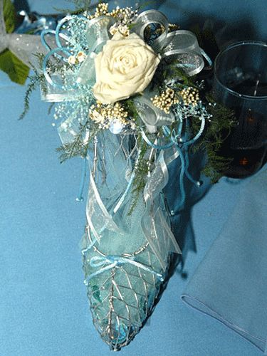 Cinderella quinceanera decorations for tables photograph
