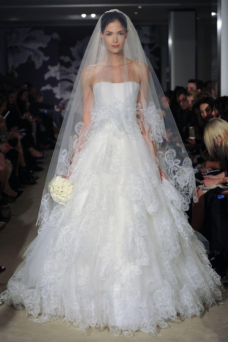 catarina #CarolinaHerrera #SS2015 #NewYork #NOVARESE #weddingdress #dress #white #カタリナ #キャロリーナ・ヘレラ #ウエディングドレス #プリンセスライン #白