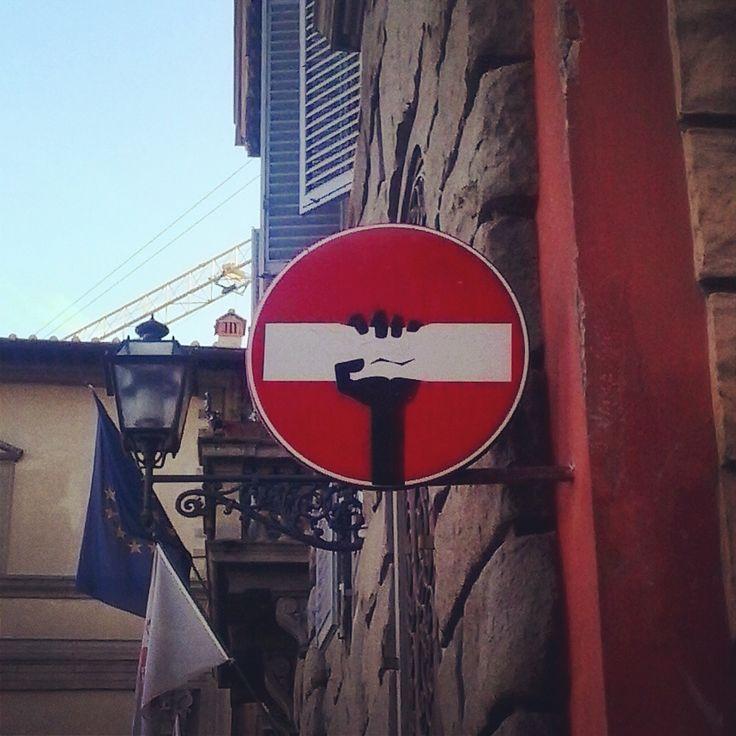 Cartelli stradali - Clet Abrahm Firenze - Italy
