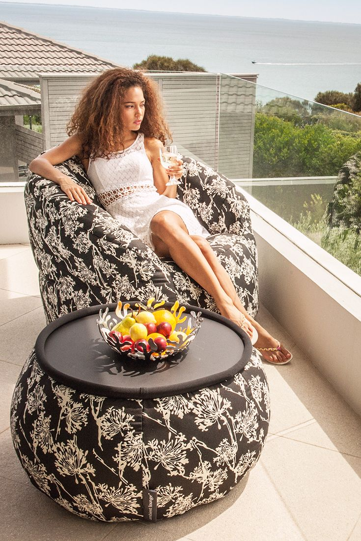 Tell me how to leave this balcony! Loving this set of bean bag chair! #outdoor #sofa #lounge