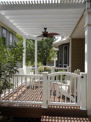 Aluminum pergola, vinyl rail, and composite deck