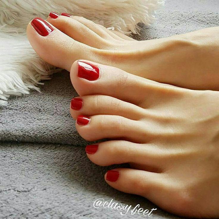 Красные ногти на ногах в чулках, шымкентские проститутки казашки