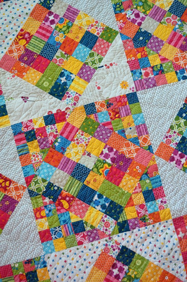 scrap quilt: Squaretastic is a very nice pattern!