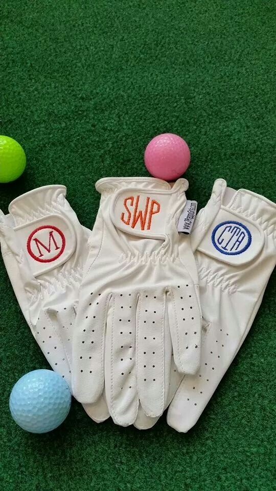 How cute are these #Monogrammed #Golf Gloves at @2PreppyGirls.com! The gals at…
