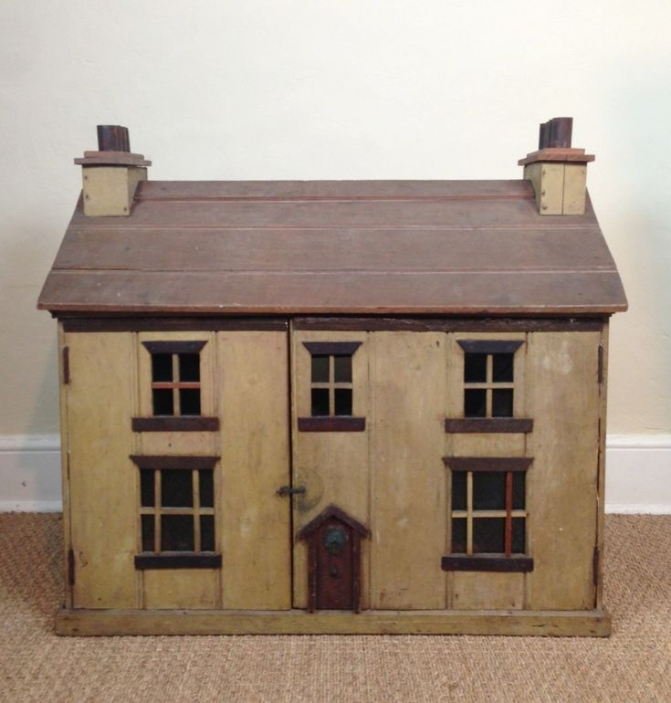 A Victorian Painted Dolls House C 1880 | 287858 | Sellingantiques.co.uk