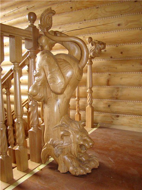 ~ Lion Detailing on Stairs, and Beading on Logs ~ malecha.org.au