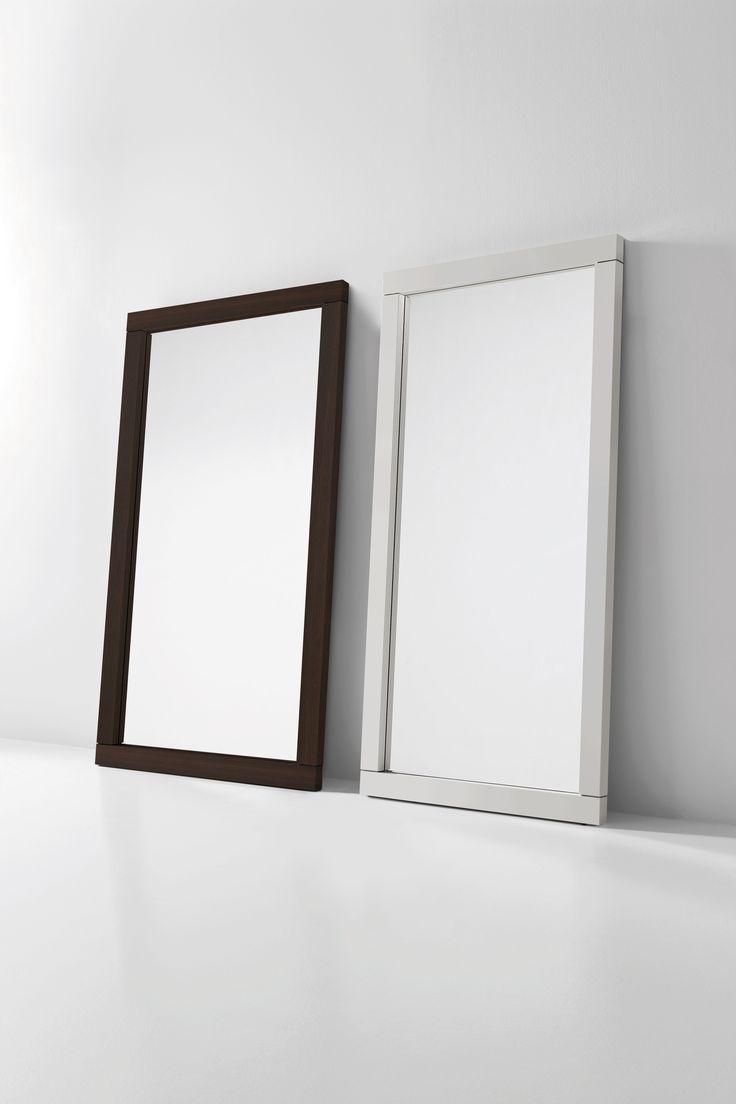 FUSION specchio con cornice borgogna e laccato opaco bianco | FUSION mirror with burnt oak and white matt lacquered frame | by PIANCA | www.pianca.com