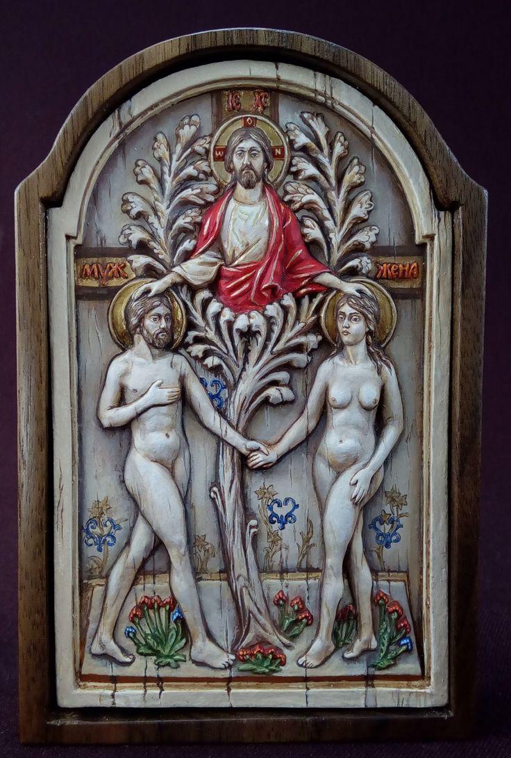 """Плакетка """"Благословение Любви"""" (2009 год). Высота 12 см, глубина барельефа 5 мм, литье - олово, роспись - темпера, киот - орех."""