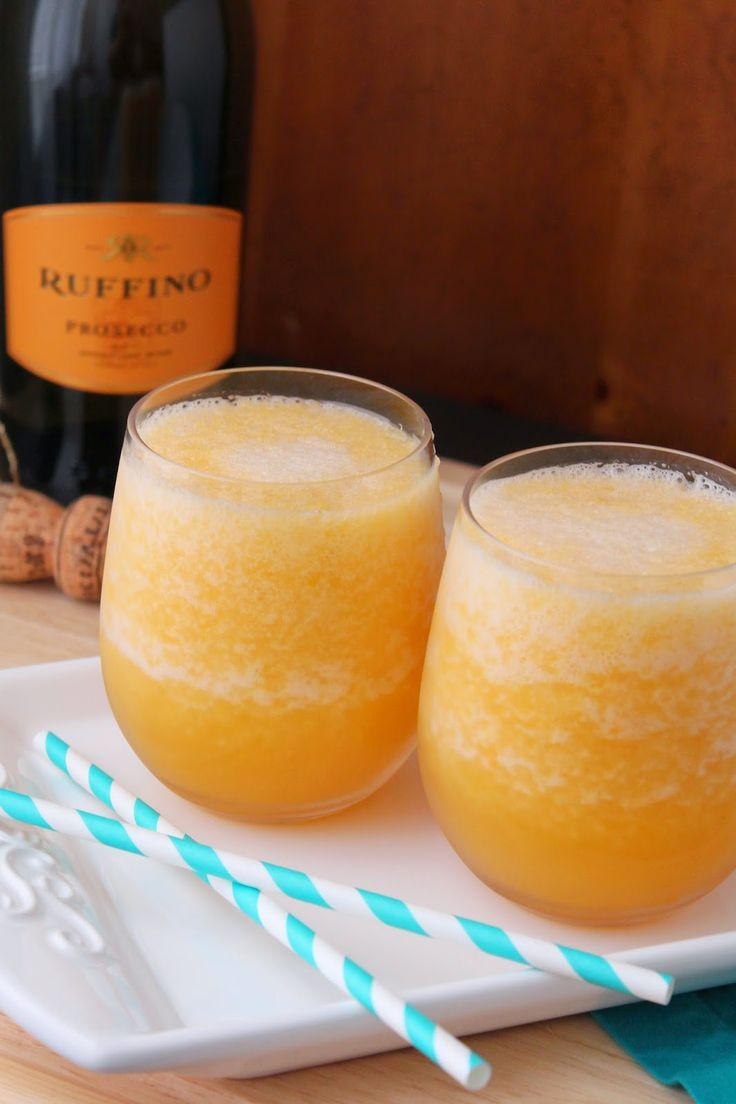 Frozen Peach Bellini for #BrunchWeek by Loveandconfections.blogspot.com