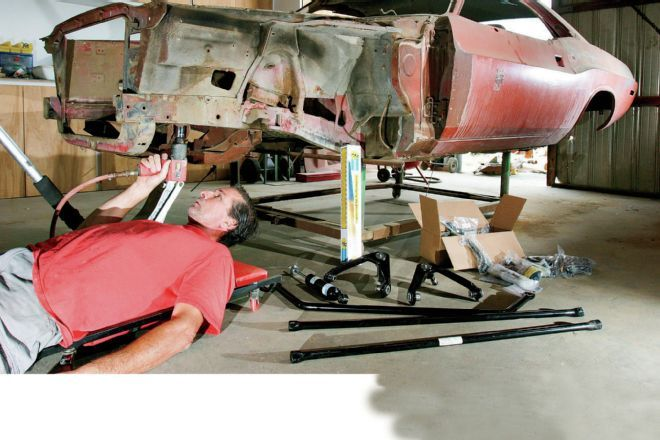 For our project 1971 Dodge Challenger, we're retaining the OEM torsion bar suspension the way it was, but making modifications to compliment the increased grip.