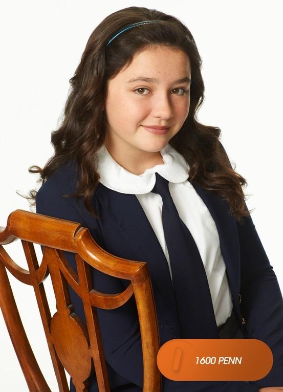 "Amara Miller é ""Marigold Gilchrist"". 1600 Penn - Estreia, 19 de maio, 10h. #EuCurtoFOX Confira conteúdo exclusivo no www.foxplay.com"