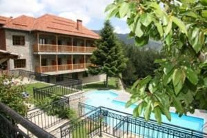 Victoria Hotel: Metsovo Hotels/ Ξενοδοχεία Μέτσοβο http://www.rooms-2-let.com/hotels.php?id=798