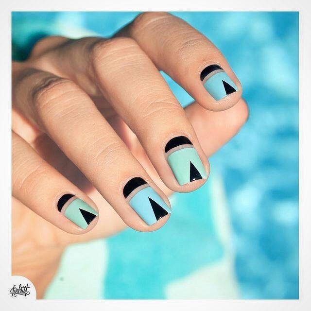 Un mani turquesa para esos días de playa. #Uñas #Nails