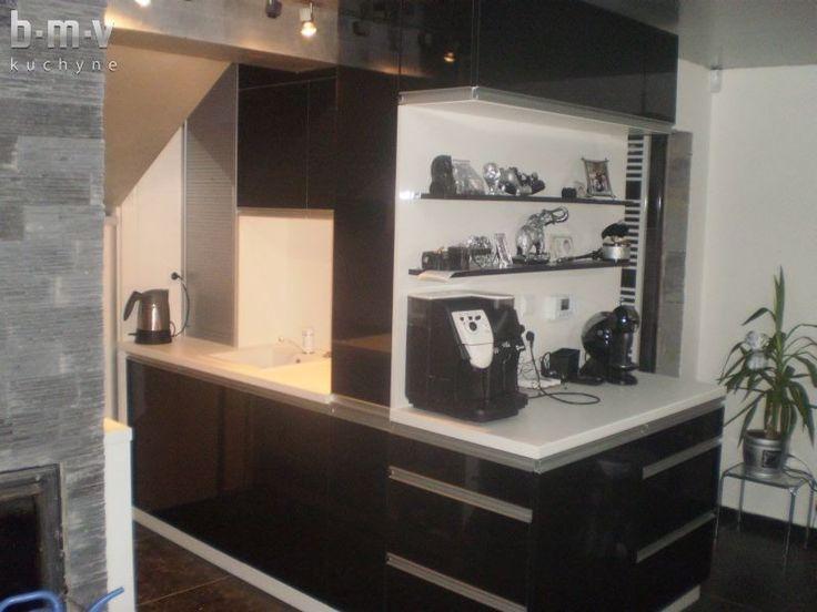 Kuchyňa podkrovie - BMV Kuchyne