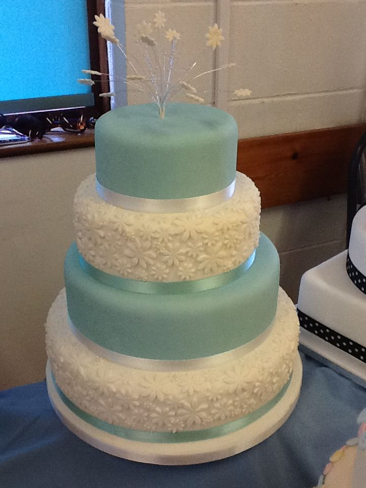 tiffany blue and white wedding cakes blue wedding cakes blue wedding cake 20996