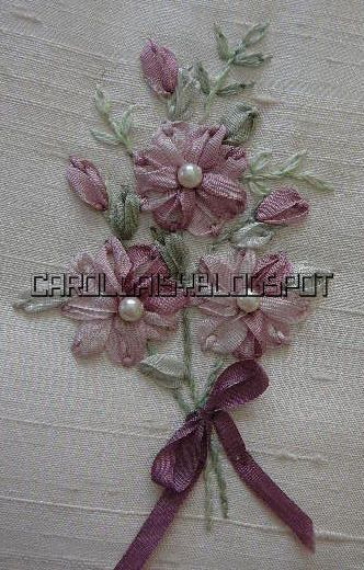 Silk Ribbon Embroidery: Detached Chain in Silk Ribbon