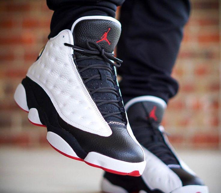 air-jordan-XIII-blanche-noire-et-rouge-on-feet (4) | Jordan shoes ...