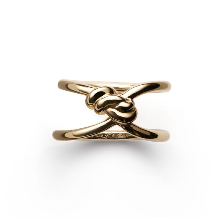 Inspired by Shibari, the traditional Japanese art of rope bondage, our Yuki Ring is an exquisite double knot of gold for your finger. Please contact info@norakogan.com for sizes we have in stock. For
