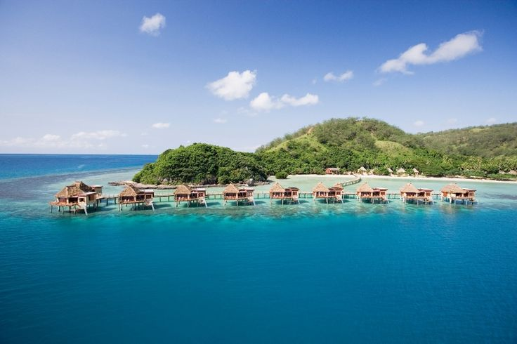 Hotel Likuliku Lagoon Resort - eines unserer Top 10 der Überwasser Bungalow Hotels! http://checkin.trivago.de/2014/10/13/die-top-10-der-ueberwasser-bungalow-hotels/