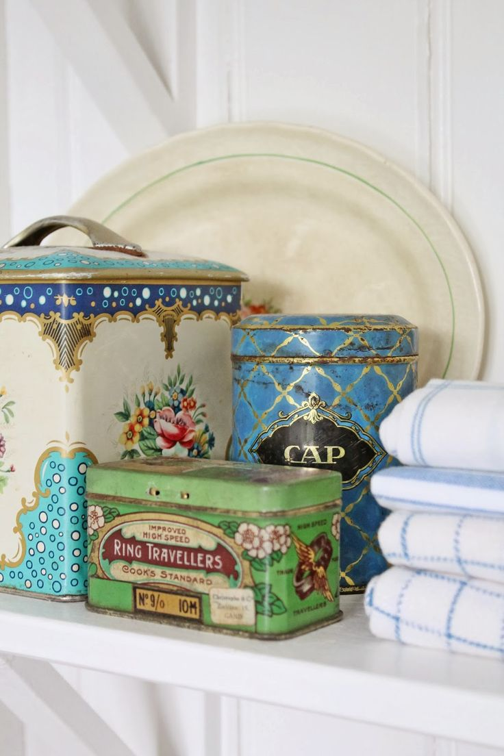 Double wall coffee cup likewise vintage pyrex clear glass refrigerator - Vintage Tins Mixed In With Different Textures Porcelain And Some Linens Make A Great Display