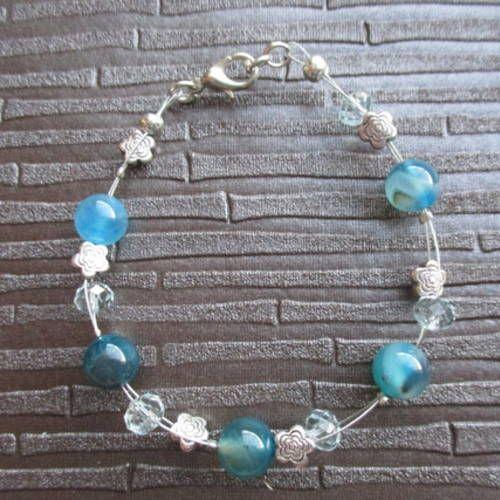 Bracelet perles agates  bleues , perles à facettes en verre et perles en métal