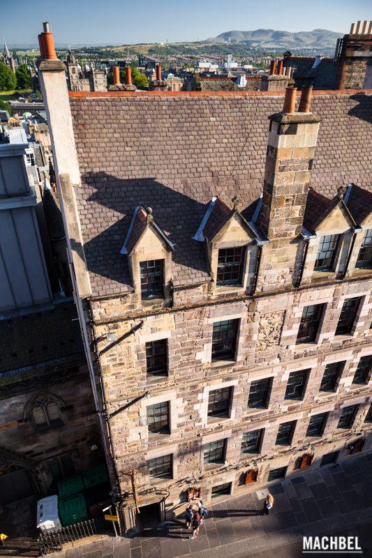 Edificio de 5 niveles Edimburgo capital de Escocia by machbel #edimburgh #scotland